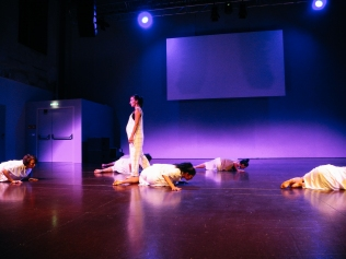 ECCO_Choreographie Tamara McLorg_Foto ©Karin Cheng (31)